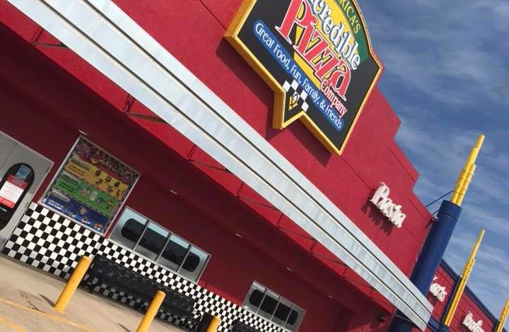 Review: Check Out Incredible Pizza in Warr Acres for Kids of All Ages