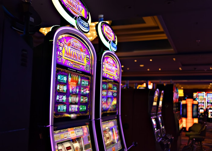 There are free slot machine pulls in Las Vegas.