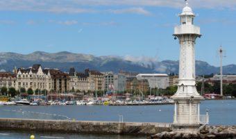 Bain de Paquis, Geneva, Switzerland-Photo by Daniela Turcanu on Unsplash